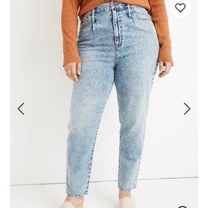 Madewell pleated mom jeans NWT